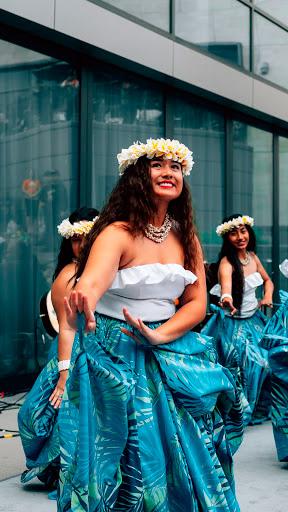 baile fiesta hawaiana