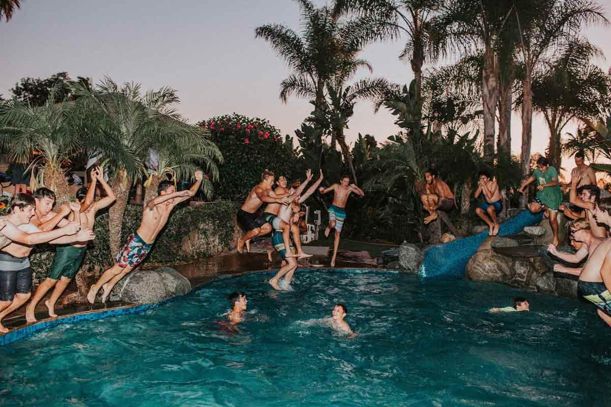 Las mejores 7 temáticas para fiestas de verano