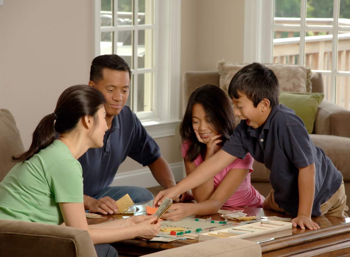 Los mejores juegos para fiestas familiares