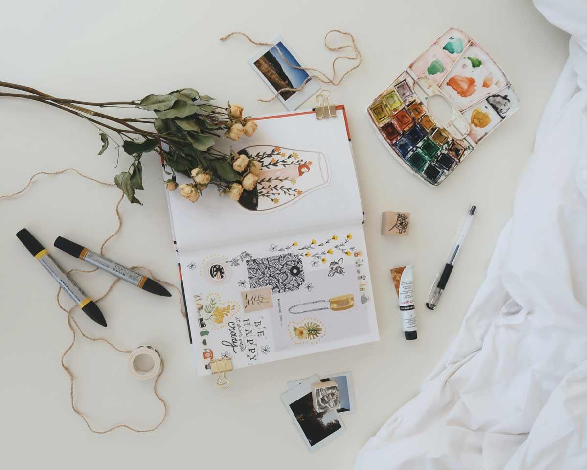 Las mejores ideas para decorar carpetas de fin de curso